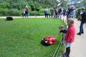 Husqvarna развивает технологии автономной садовой техники