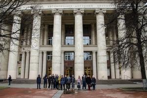 Ассоциация «Автонет» и МАДИ провели экскурсию для школьников