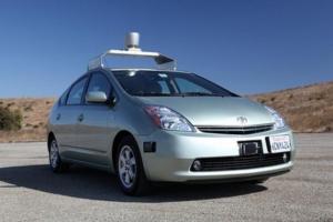 Toyota Motor приостанавливает испытание беспилотных авто