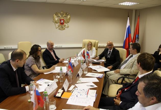 «Автонет» провел круглый стол по международному сотрудничеству