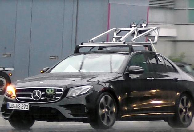 Mercedes-Benz испытывает беспилотный E-Class
