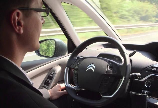 Peugeot-Citroën тестирует беспилотники в Париже