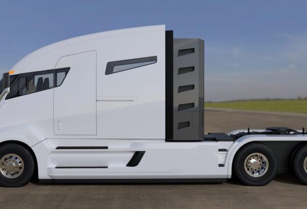 Tesla будет испытывать беспилотных грузовик